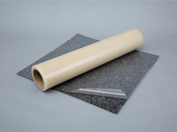 PE保护膜广泛应用于:铝型材、铝板、不锈钢、吊顶钢、吊顶、玻璃、家具、陶瓷、门窗型材表面保护